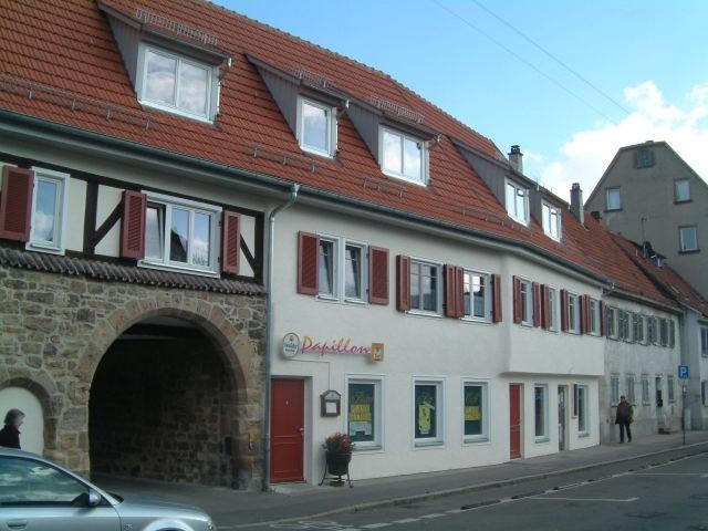 Die Obertorstraße 21 - 23 in Esslingen nach der Restauration Restora